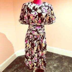 Vintage SILK Maggie London 80s dress